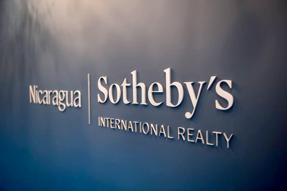 sothebys-sign